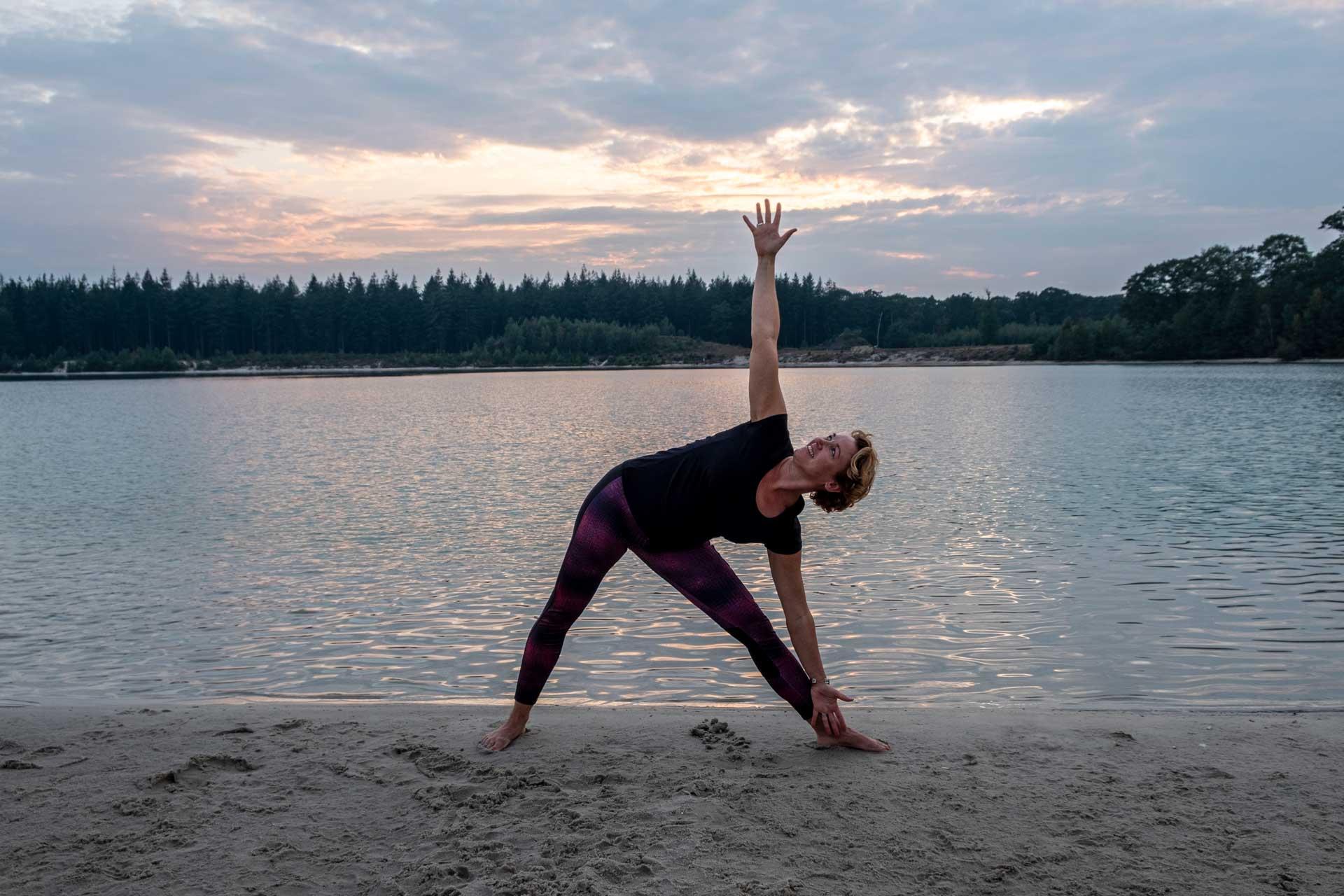 Yoga Zuidlaren Fysiotherapeut Mariska gratis online yoga